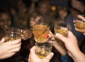 """featured image of the blog titled """"Noteworthy Tips to Remember for a Whiskey Tasting Party"""""""